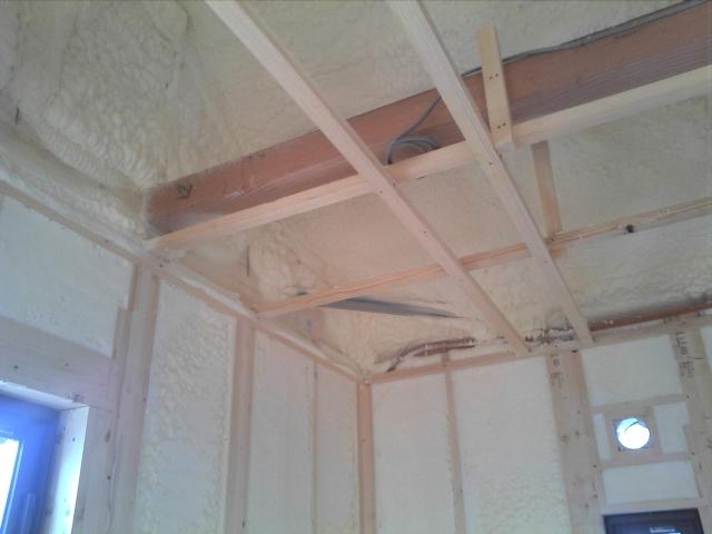 天井・壁のウレタンフォーム
